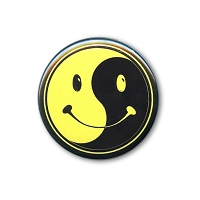 B023 - Happy Face Yin Yang Button