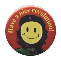 B042 - Have a nice revolution! Che Smiley Button